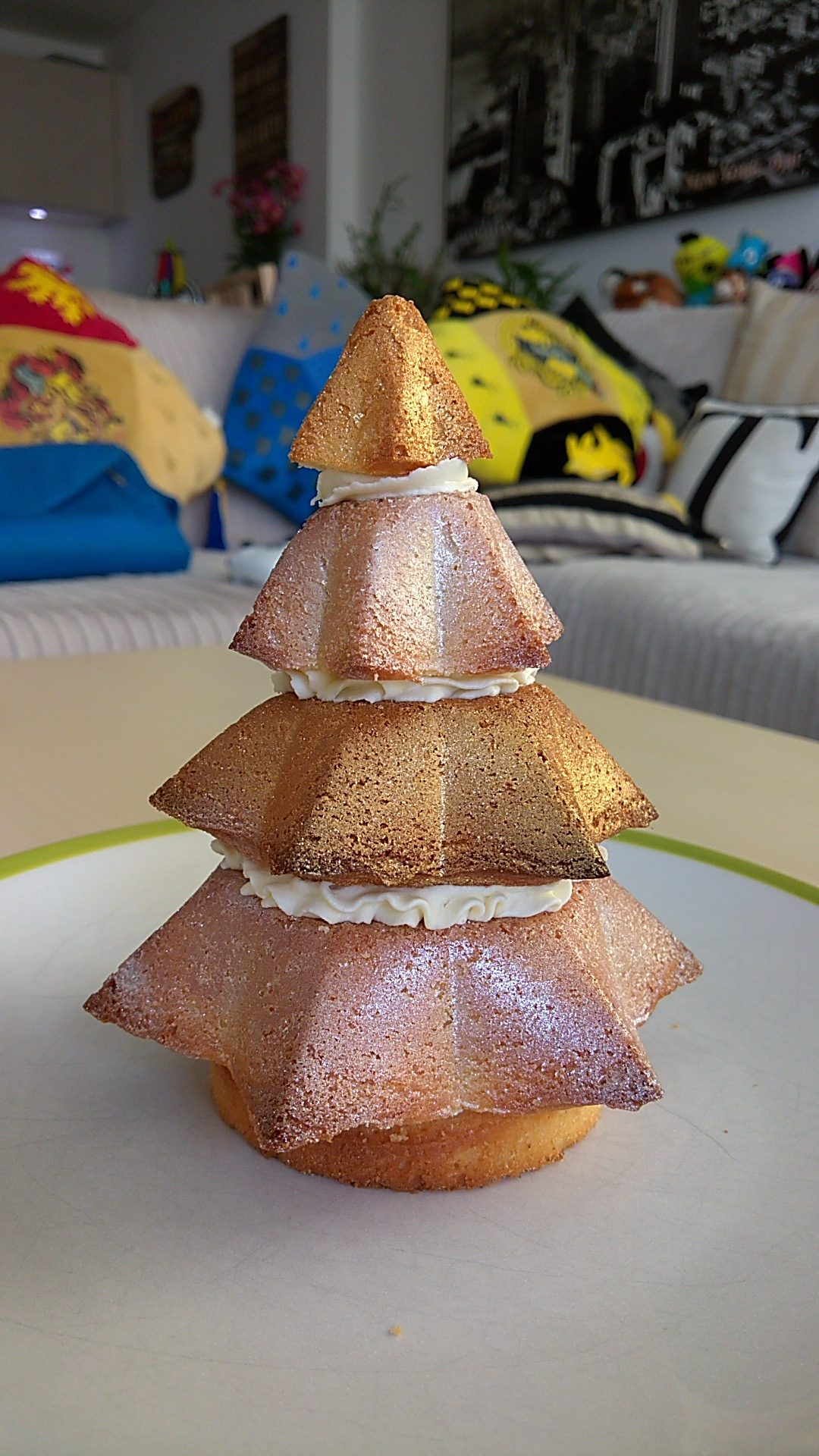 Christmas Tree Cake.Christmas Tree Cake